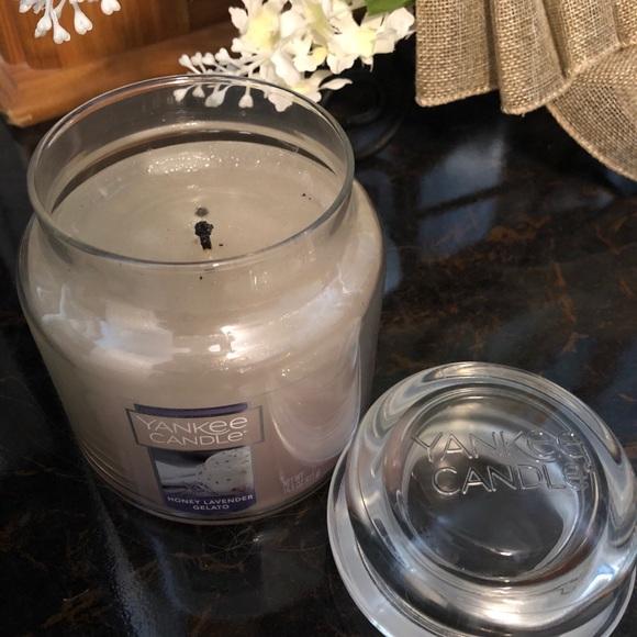 Yankee Candle Honey Lavender Gelato